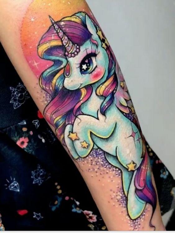 62 Ideas para Tatuajes de Unicornios (+Significados) 22