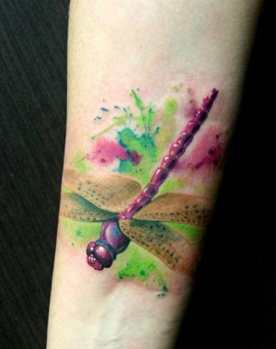 68 Tatuajes de Libélulas con sus Significados 16