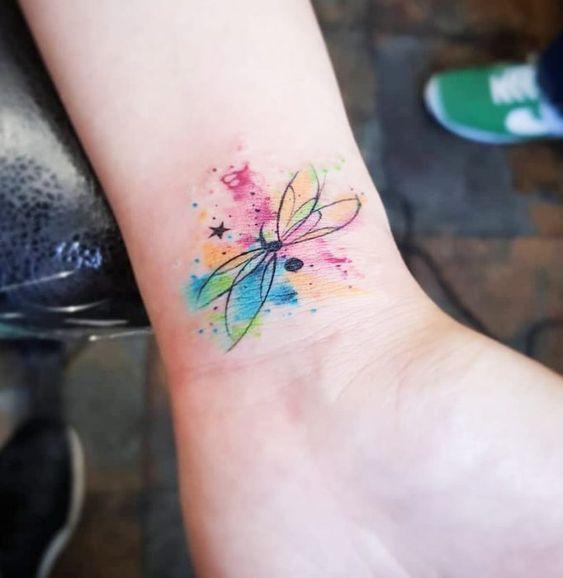 68 Tatuajes de Libélulas con sus Significados 17