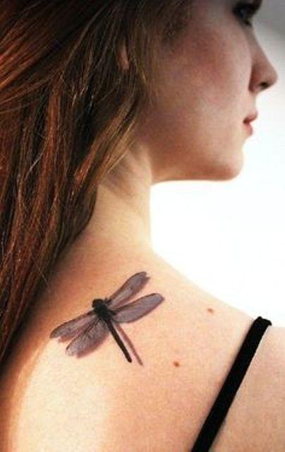 68 Tatuajes de Libélulas con sus Significados 20