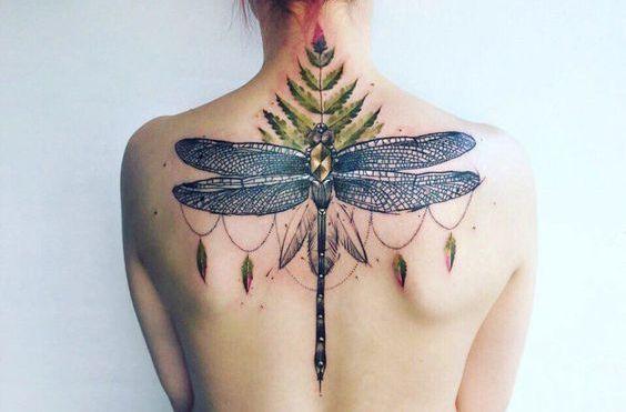 68 Tatuajes de Libélulas con sus Significados 21