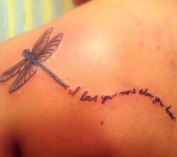 68 Tatuajes de Libélulas con sus Significados 41