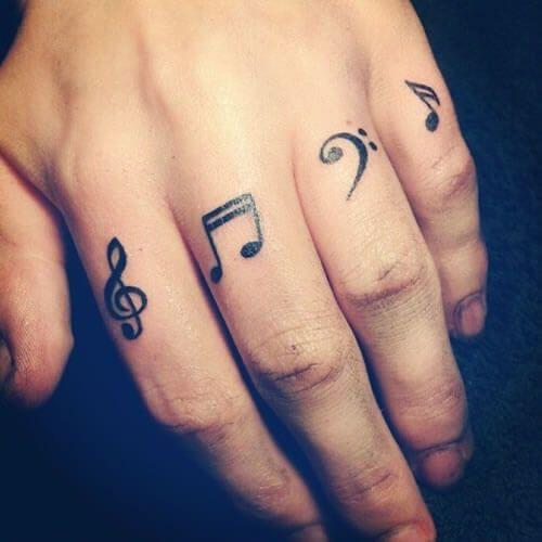 Tatuajes de Notas Musicales e Instrumentos 7