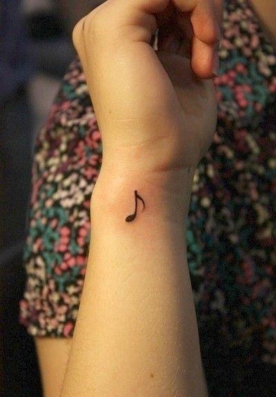 Tatuajes de Notas Musicales e Instrumentos 46