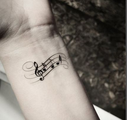 Tatuajes de Notas Musicales e Instrumentos 47