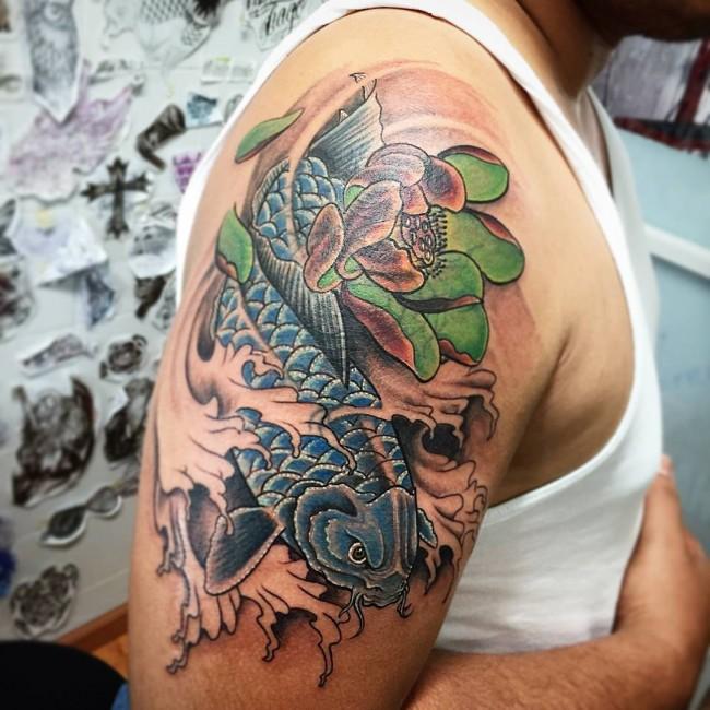 64 Ideas de Tatuajes de Pez Koi (+ Significados) 18