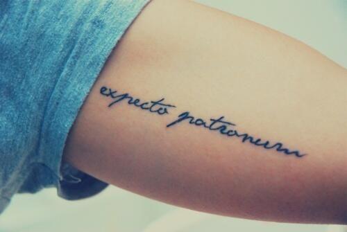 9 3/4 Ideas para Tatuajes de Harry Potter que todos los fans quieren 9
